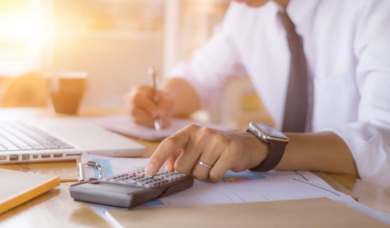 他資格から税理士資格に登録した場合